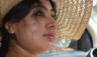 শ্রেয়া চক্রবর্তীর আত্মগদ্য 'বিষামৃত'